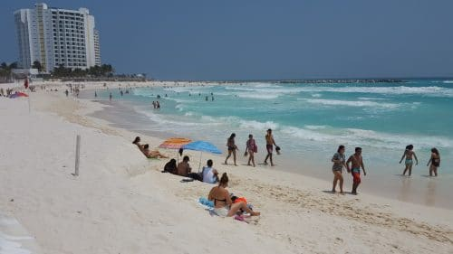 Krystal Cancun Timeshare Shares Spring Break Tips (2)