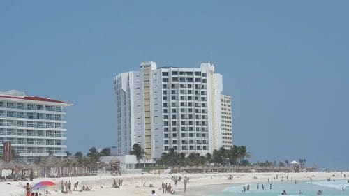 Krystal Cancun Timeshare Shares Spring Break Tips (3)
